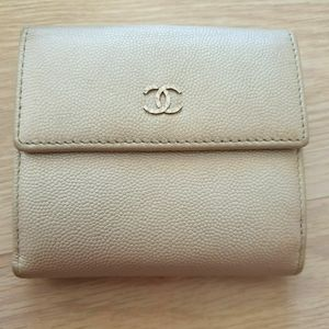 Chanel Compact Wallet cream caviar leather